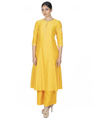 THE ANAYA KURTA FRONT